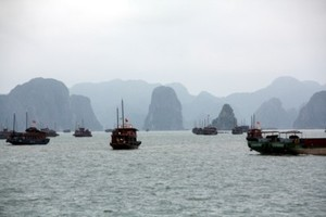 03ha_long_bay400